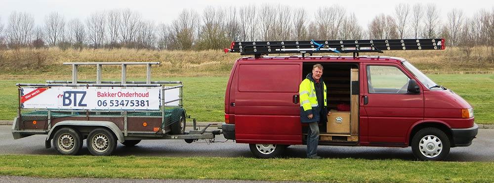harry-bakker-onderhoud-bus-met-aanhanger
